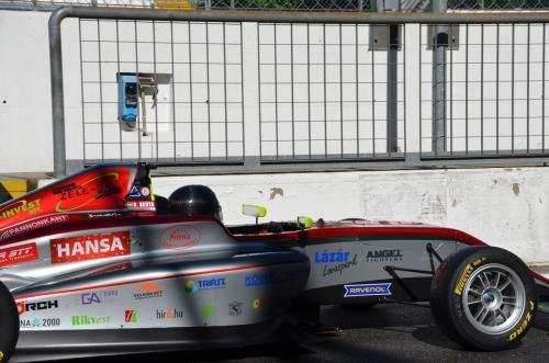 Zele-Bau Kft. a motorsport aktív támogatója